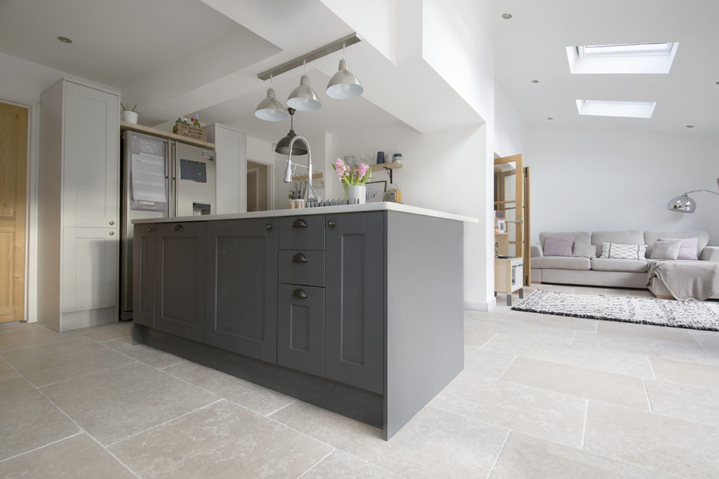 Stone Flooring in Fulham and Bath, Pietra